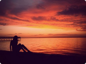 photo Silhouette coucher de soleil golden hour