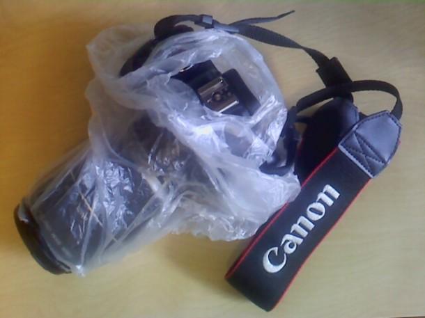 Photo appareil pluie objectif protection sac plastique