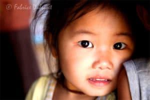Village Nord du Laos photo de voyage enfant