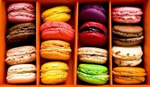 Macarons melange couleurs photo boîte