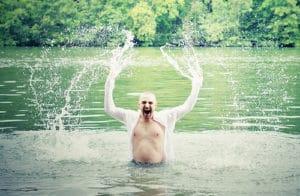 Danger de mort photo eau éclabousser lac goutes