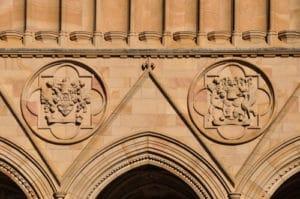 photo bâtiment composition centrée symétrie