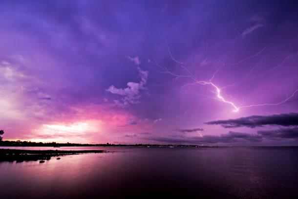 Photo orage éclair australie lever de soleil