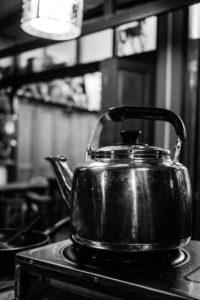 Photo noir et blanc cafetière café pression