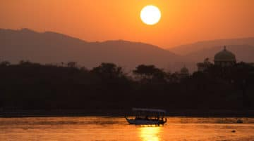 Photo coucher de soleil nil barque