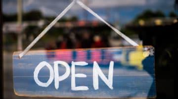 Photo reflet vitrine open