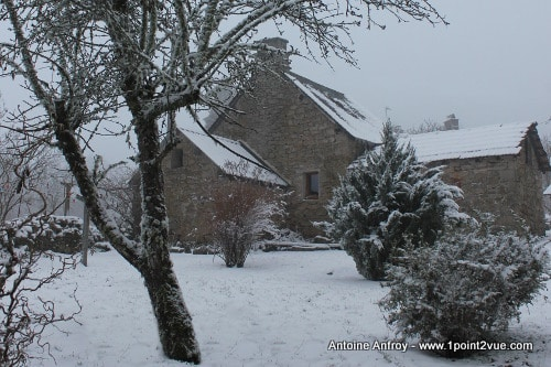Photo Antoine Anfroy maison neige jardin hiver