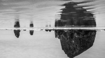 Photo Cannon Beach, Oregon reflet océan noir et blanc