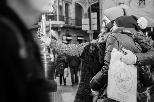 Narcisse Band photo de rue écran orientable selfie