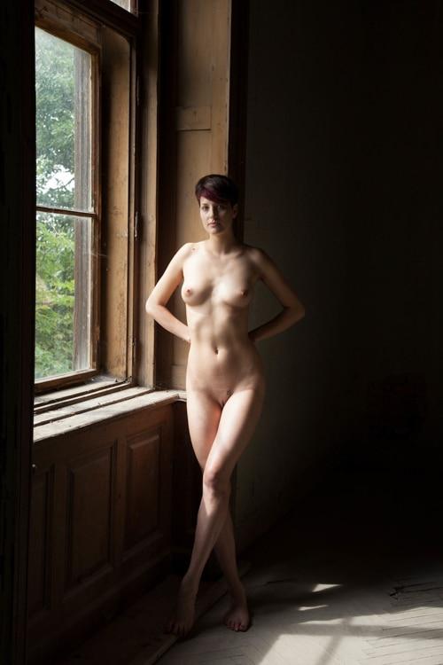 Angkor prise de vue express photo de nue femme fenêtre