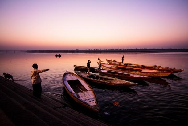 11mm sur APS-C perspective barques photo coucher de soleil pêcheurs