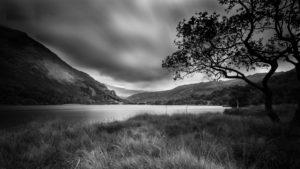 nuages noir et blanc Snowdonia, Pays de Galles photo de paysage