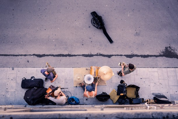 photo musique rue musiciens Arles