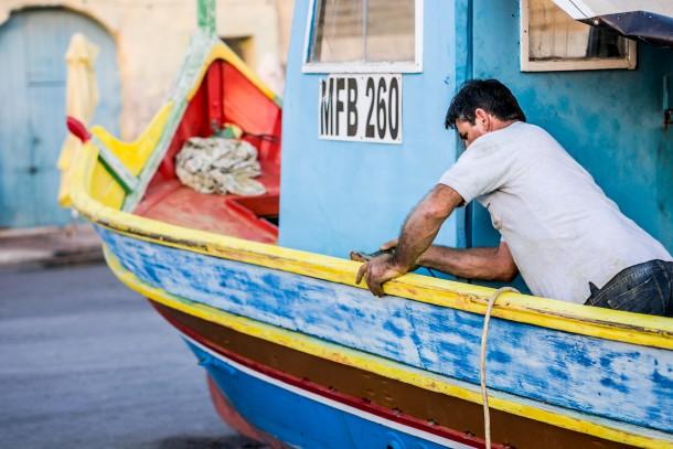 Fisherman in Marsaxlokk photo 3/2