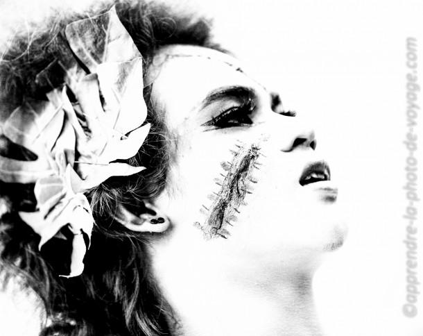 photo femme blessures cicatrice noir et blanc