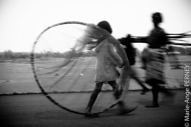 Madagascar apprendre la photo de voyage enfants photo de voyage noir et blanc