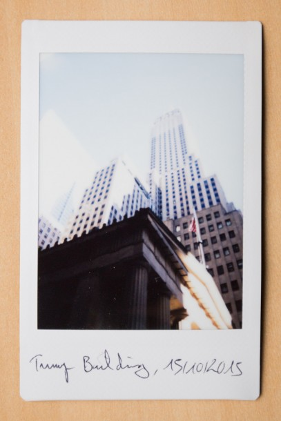 Trump building photo instantanée Fuji Instax Mini 90 surexposition de l'Instax