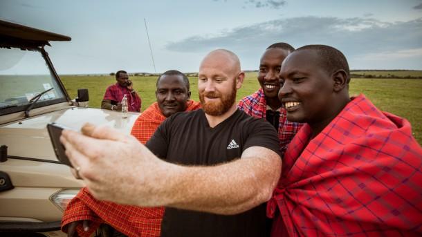 chauffeurs Masai kenya safari photo savane robe Masai